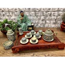 Bộ trà Bát Tràng khắc nổi hoa phù dung dáng vai vuông